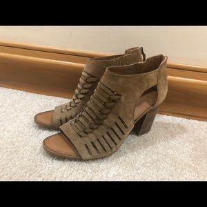 Franco Sarto sandal size 8